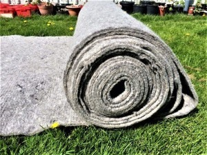 wool-felt-for-mulching-larger-areas-e1525278854295-600x450